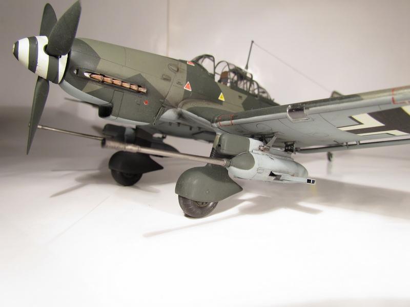 Junkers Ju-87 G-2 Stuka 041