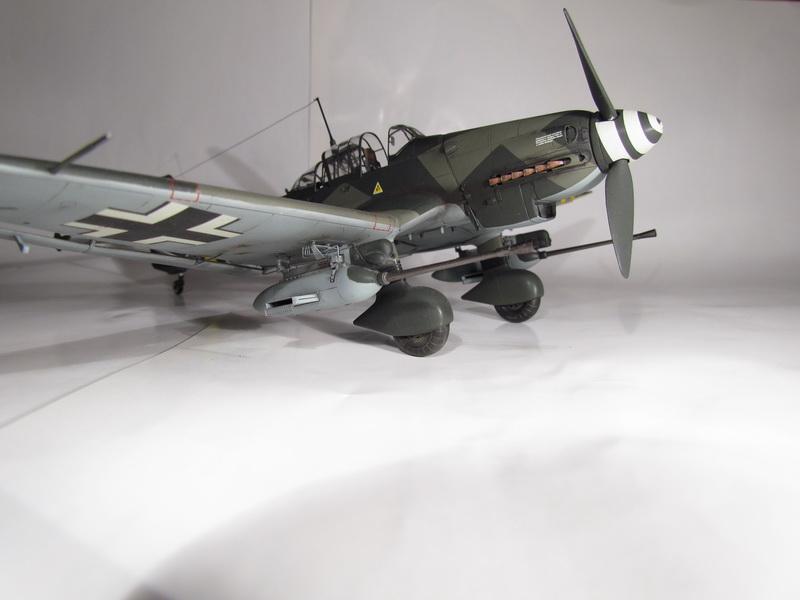 Junkers Ju-87 G-2 Stuka 042