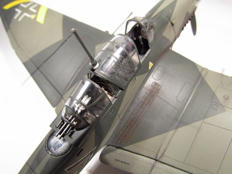 Junkers Ju-87 G-2 Stuka 054
