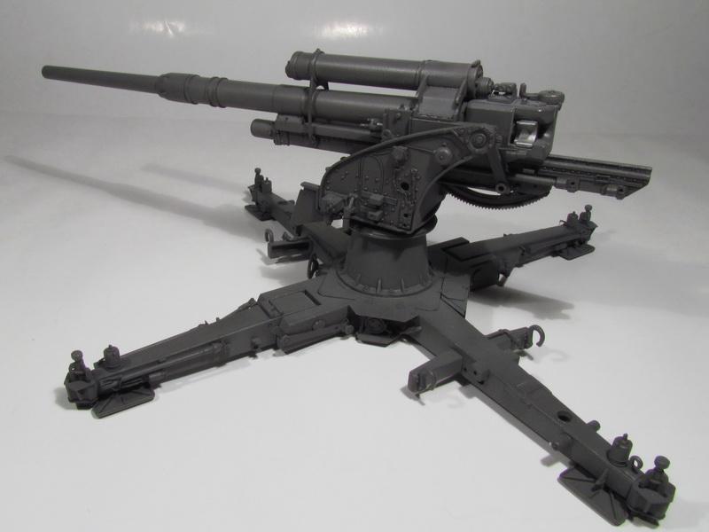 88mm FlaK 36 w FlaK Artillery Crew 064