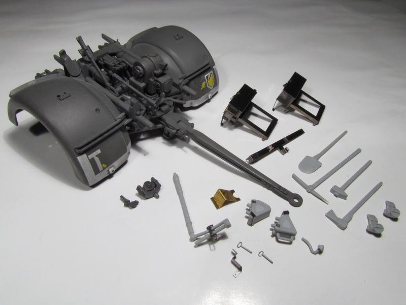 88mm FlaK 36 w FlaK Artillery Crew 078