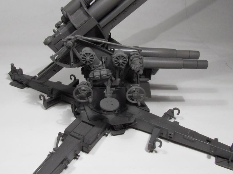 88mm FlaK 36 w FlaK Artillery Crew 089