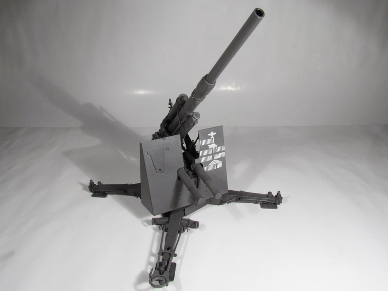 88mm FlaK 36 w FlaK Artillery Crew 096