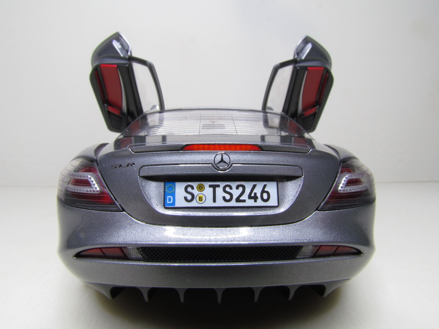 Mercedes-Benz SLR McLaren 126