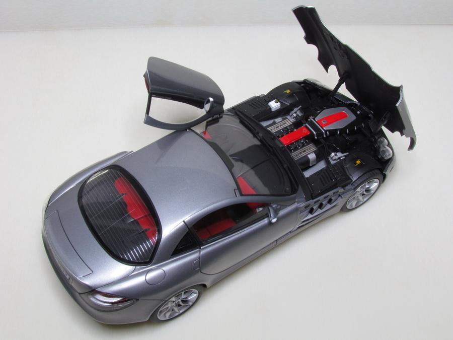 Mercedes-Benz SLR McLaren 135