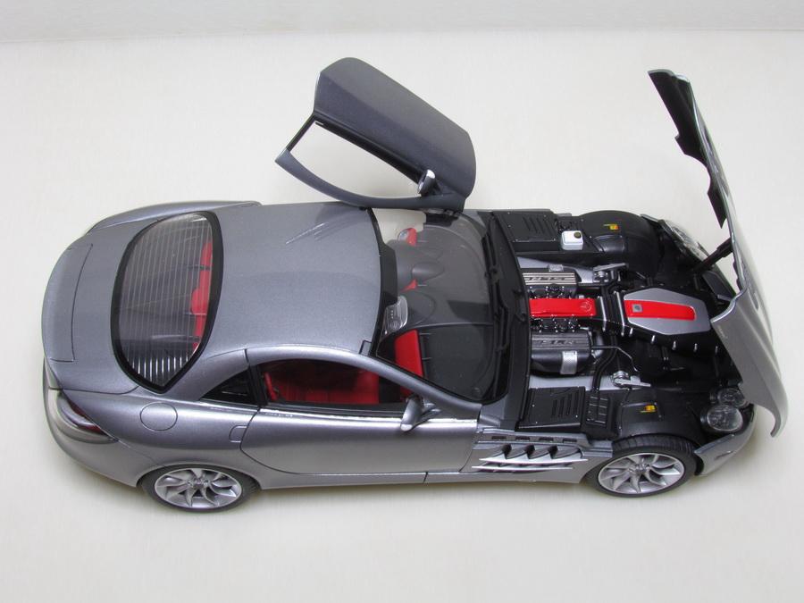 Mercedes-Benz SLR McLaren 136