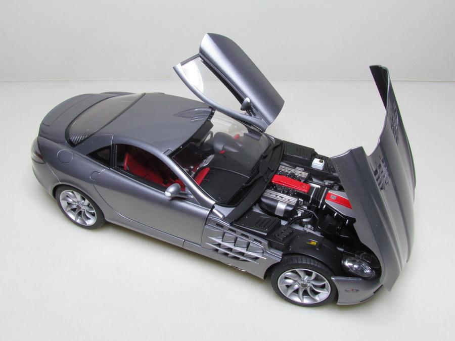 Mercedes-Benz SLR McLaren 155