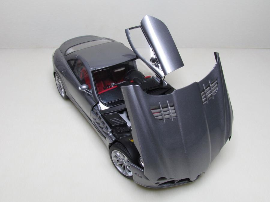 Mercedes-Benz SLR McLaren 156
