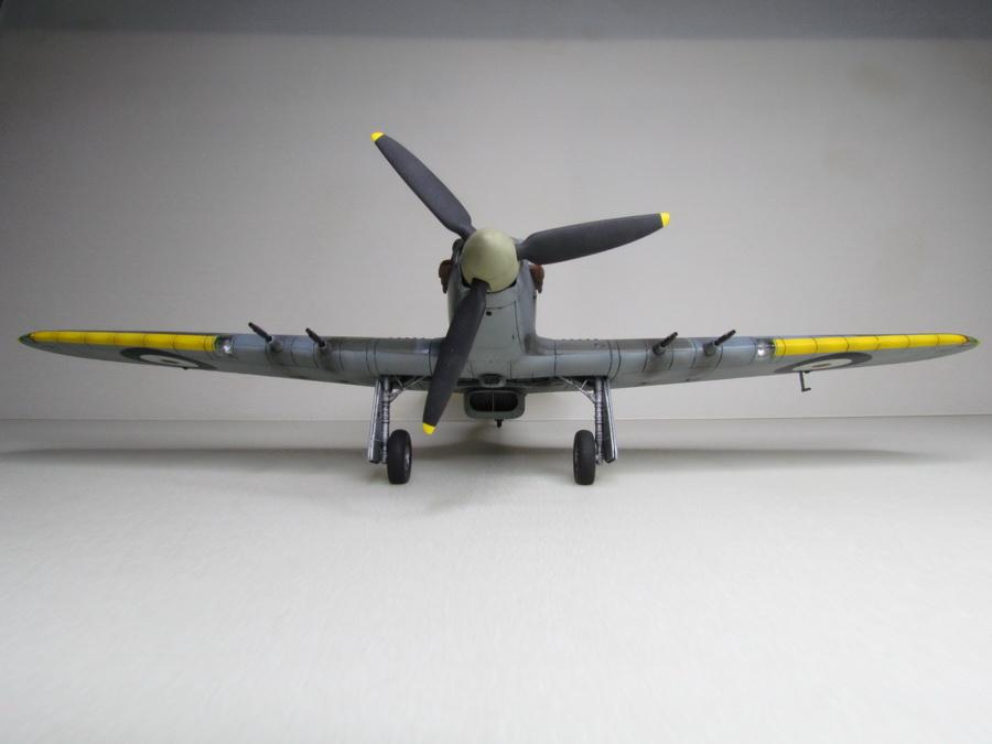 Hurricane Mk IIC 128