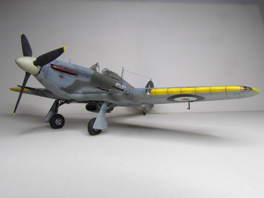 Hurricane Mk IIC 129
