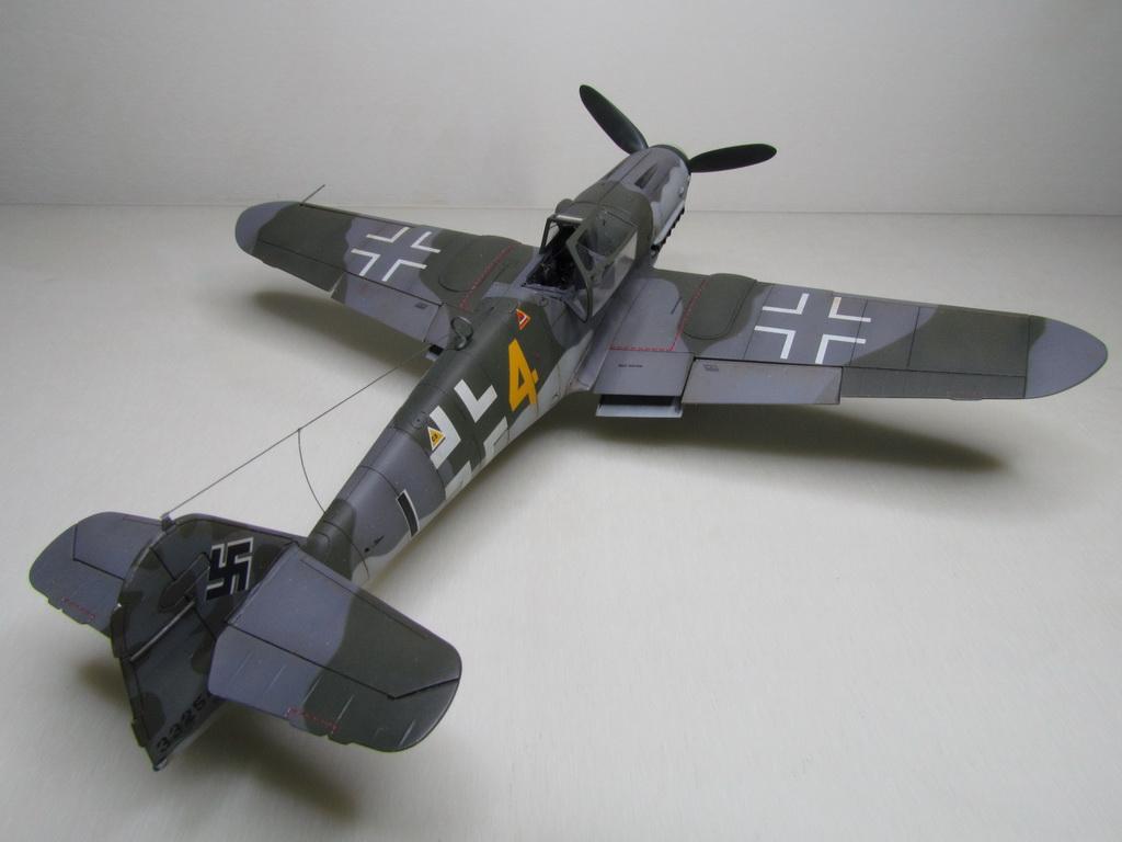 Messerschmitt Bf109K-4 136