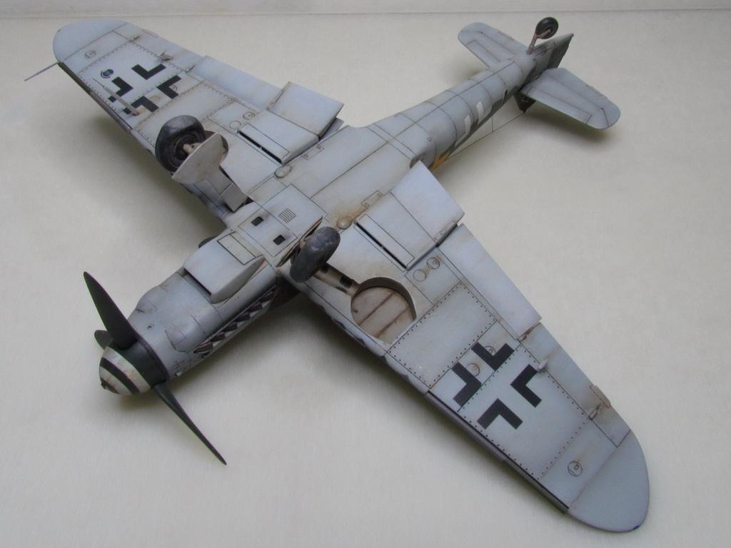 Messerschmitt Bf109K-4 144