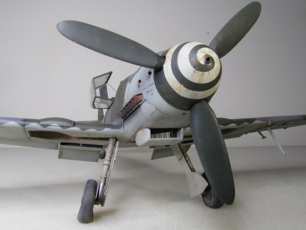 Messerschmitt Bf109K-4 158