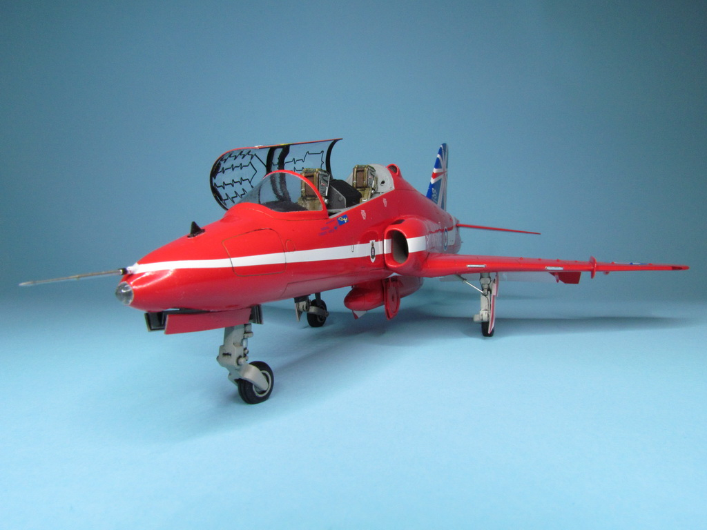 Red Arrows Hawk 100