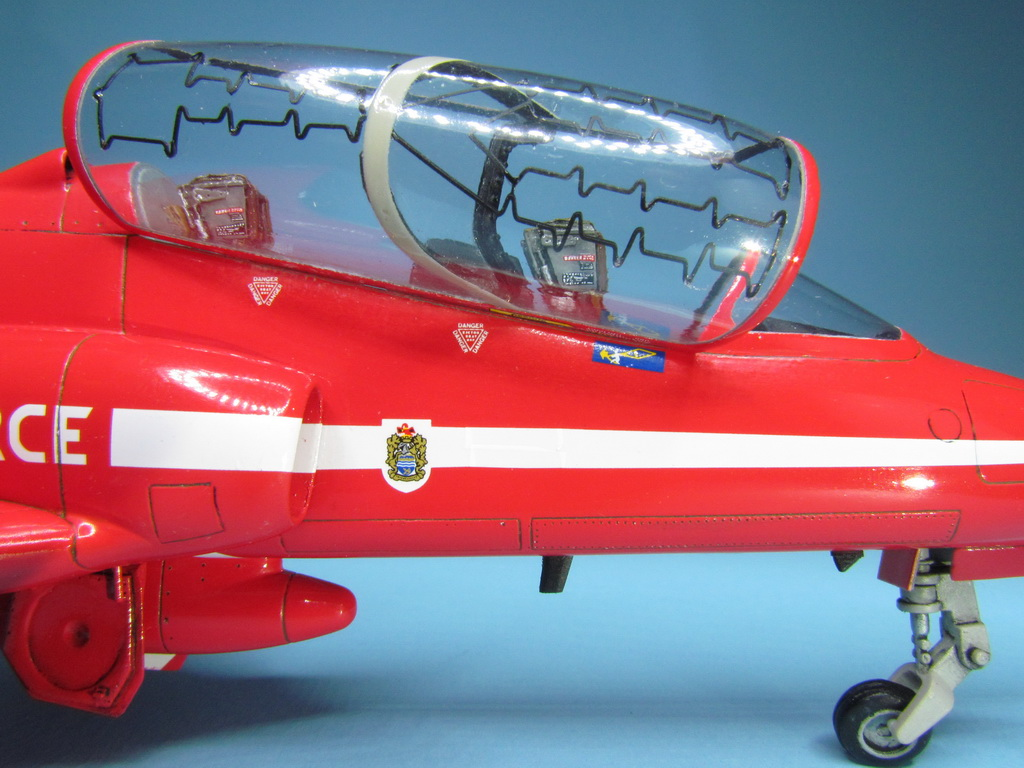 Red Arrows Hawk 106