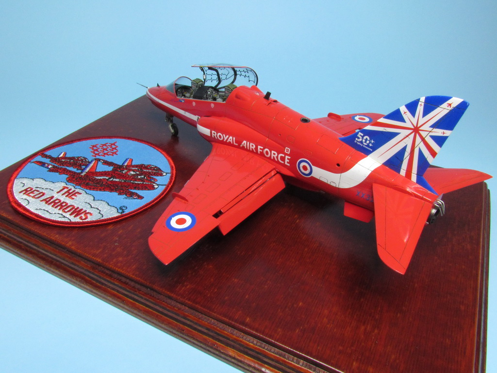 Red Arrows Hawk 108