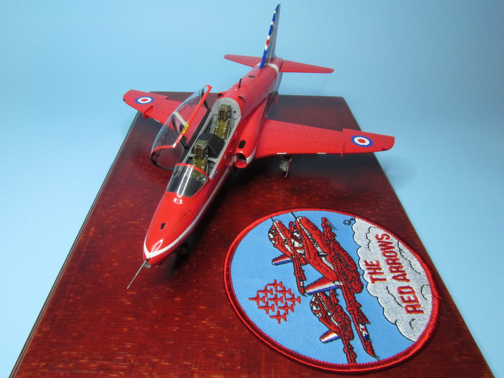 Red Arrows Hawk 109
