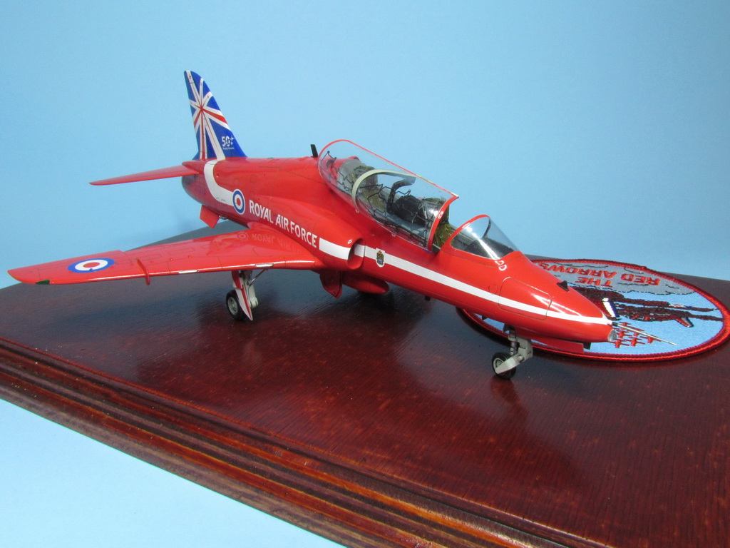 Red Arrows Hawk 110
