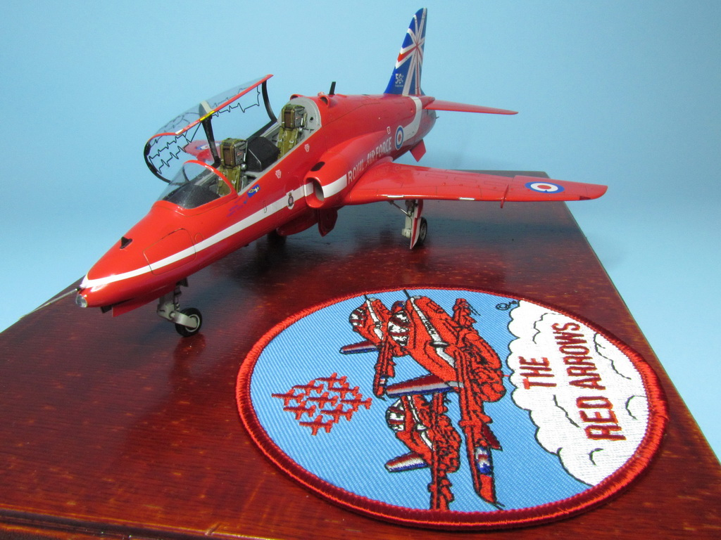 Red Arrows Hawk 112