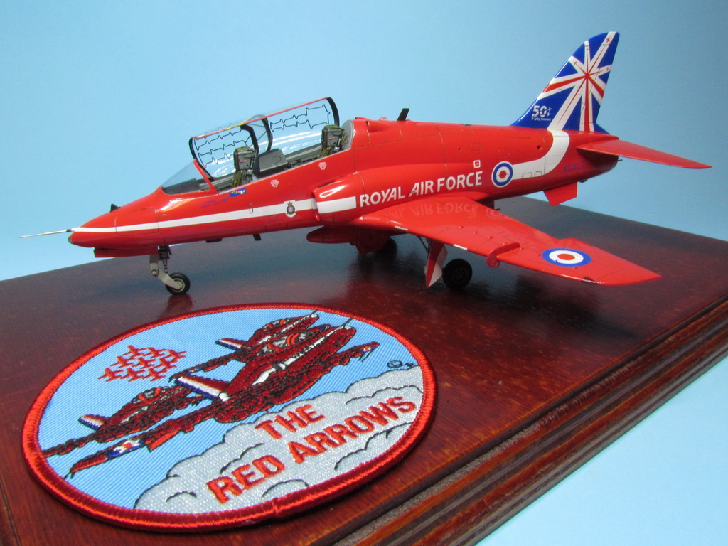 Red Arrows Hawk 113