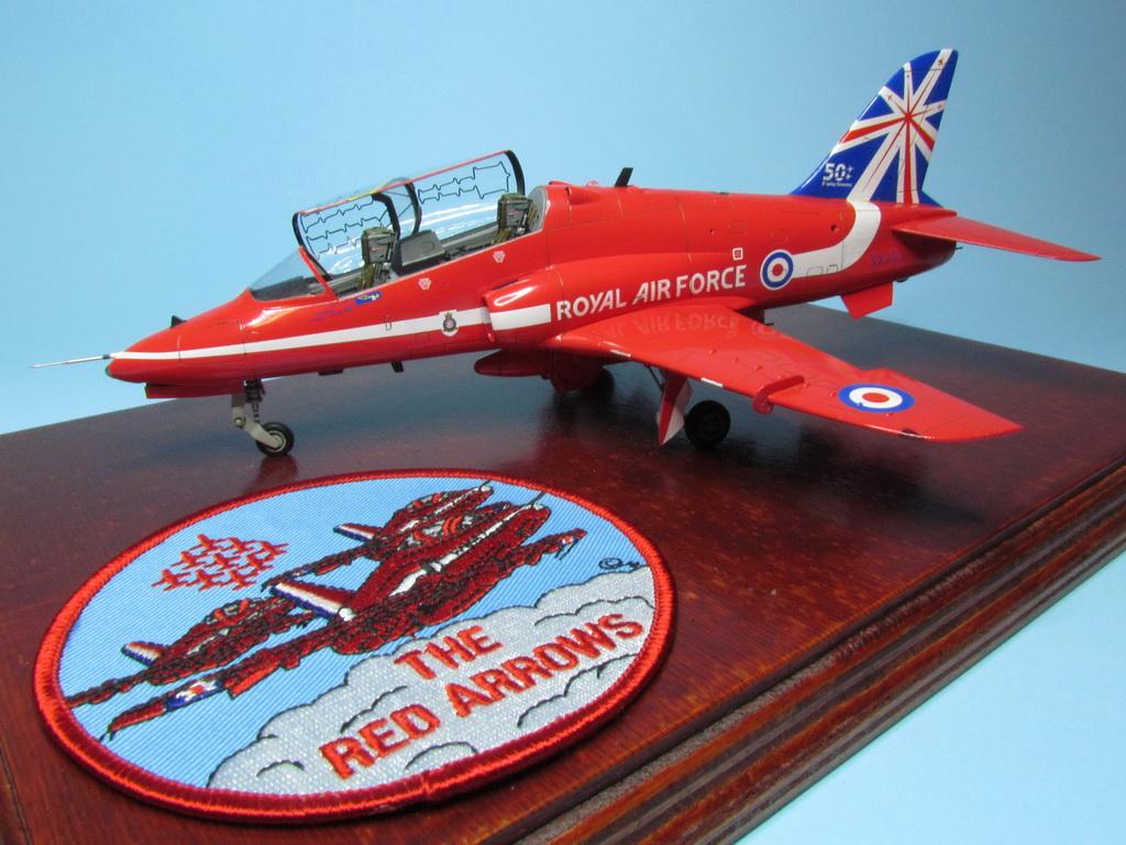 Red Arrows Hawk 113